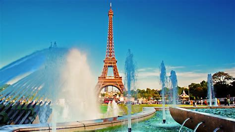 Paris The City of Love - Gets Ready