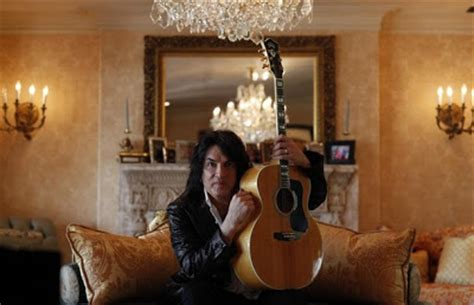 KISSopolis: Photos: Paul Stanley At Home In Beverly Hills