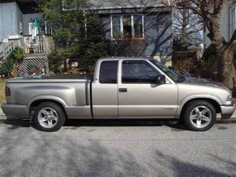 2003 CHEVY S10 STEPSIDE PICKUP FOR SALE from Bellmore New