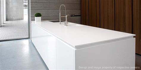 DuPont Corian® – Solid Surface med många