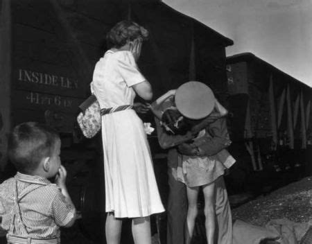 Bytes: Pulitzer Prize for Photography 1944