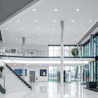 Specialist for interior fit-out, facades and insulation